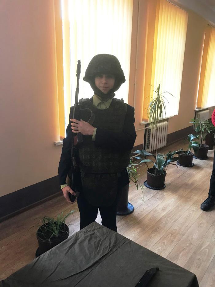 Школьники из Кобрина в гостях у военослужащих в Березе