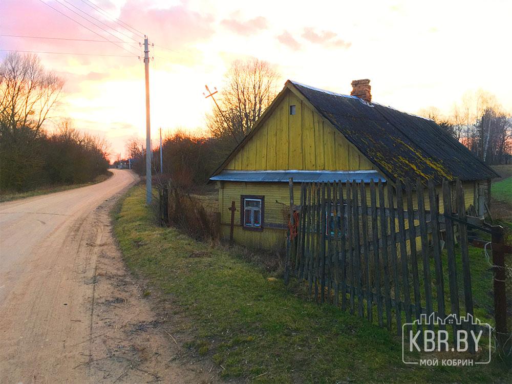 Участок, деревенский домик, Свищи