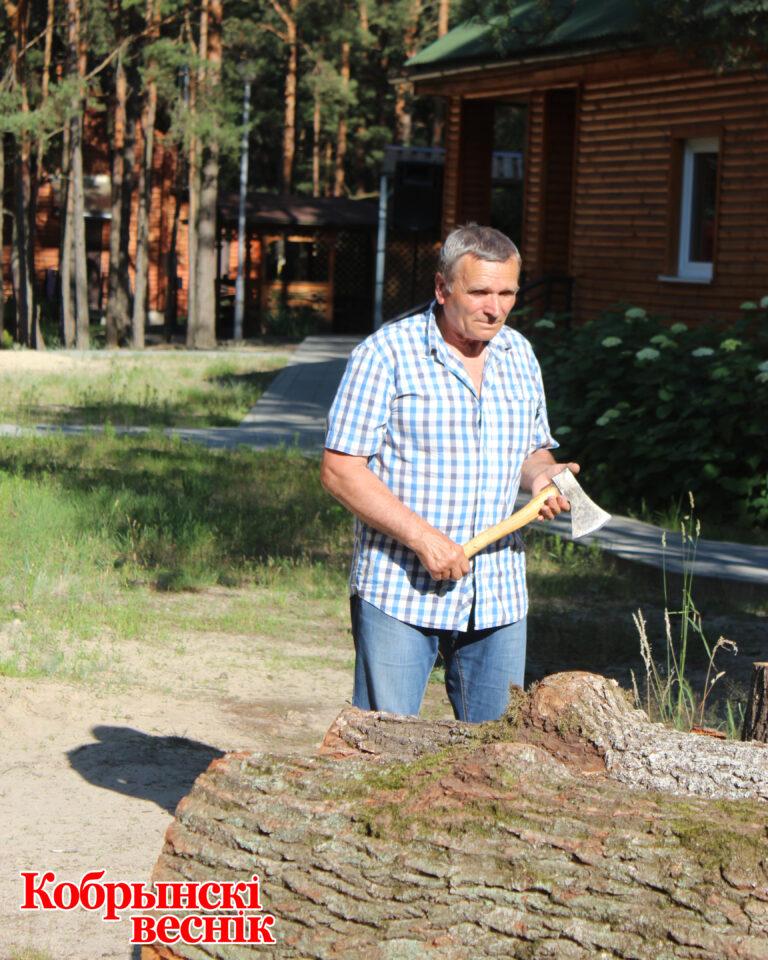 Пленэр резчиков по дереву в Кобринском районе